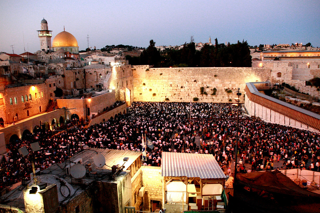 @the western wall. 嘆きの壁